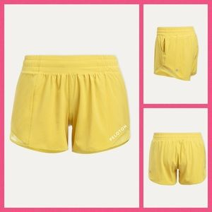 Unicorn! Lululemon Peloton Yellow Hotty Shorts 6